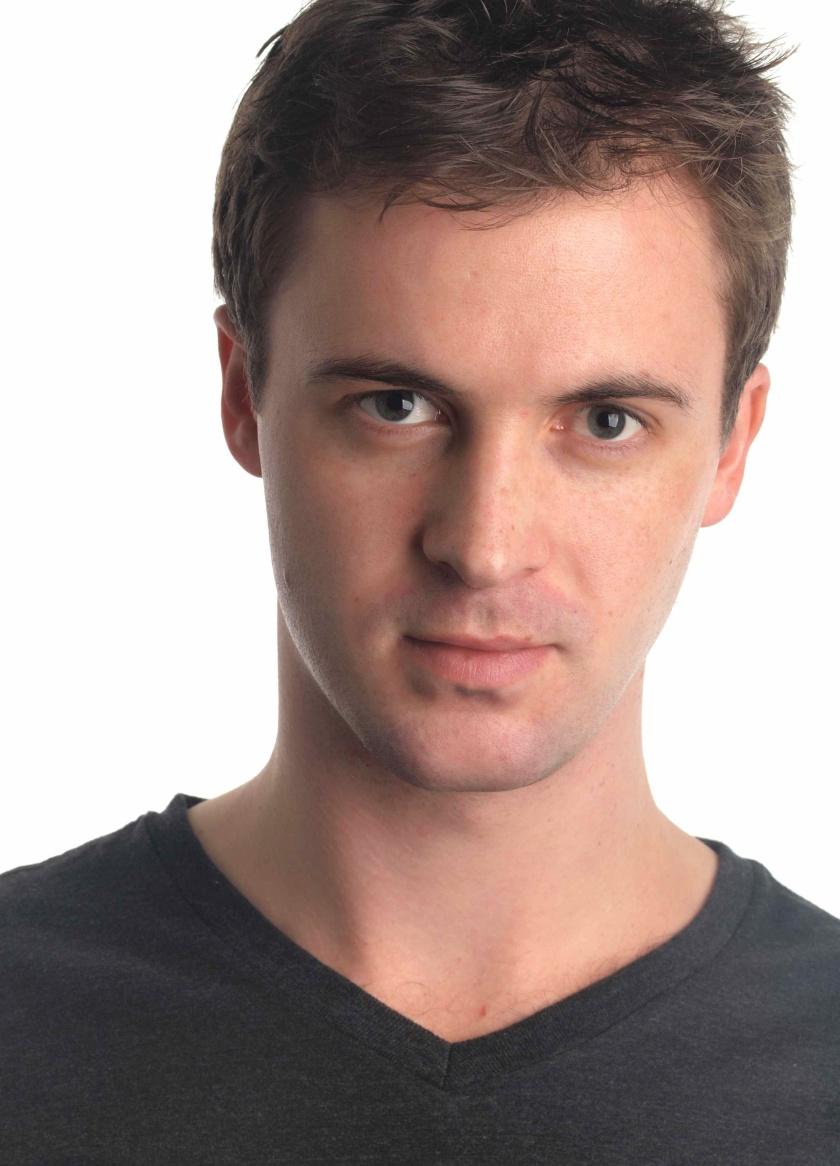 Elliot Travers